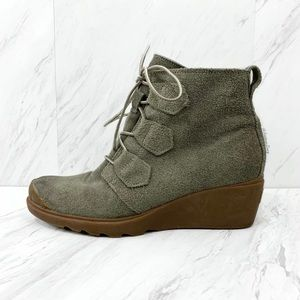 Sorel- Sage Wedge Suede Toronto Booties Size 9